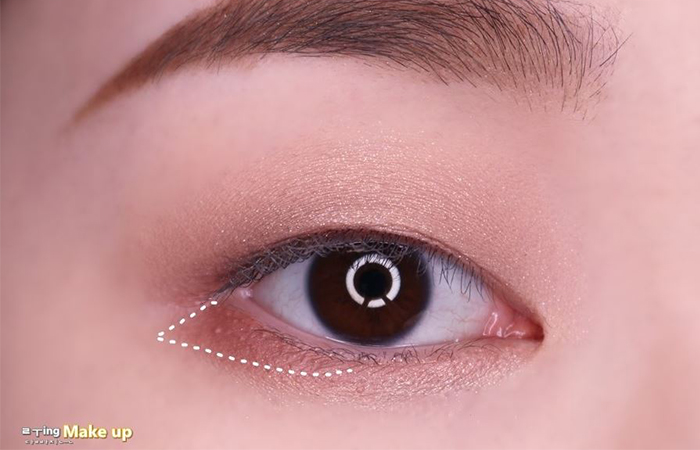 korean-eye-makeup-step-4