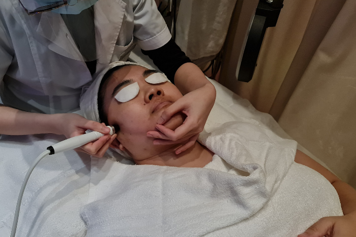 Astalift Multi Modal Specialized Ams Perfect V Lift Therapy Review Extractionless Facial Vacuum Technology