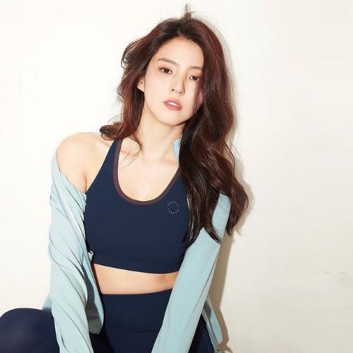 Korean Three Phase Diet Trend Barrel Fit Instagram Model