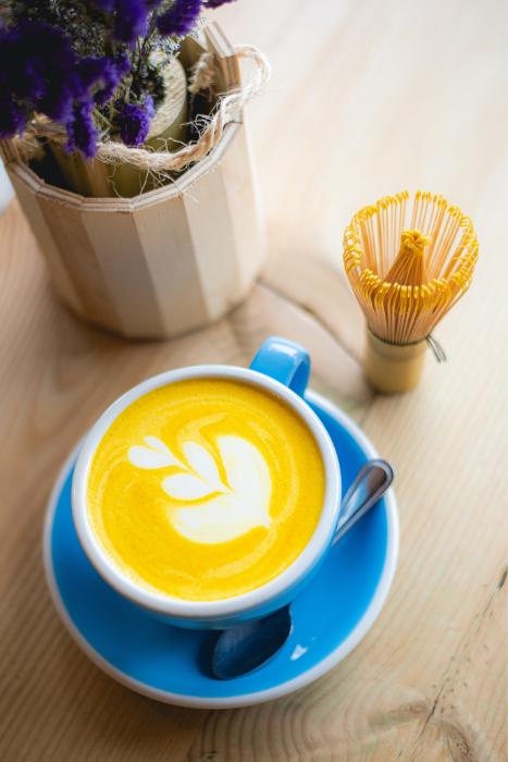 good for skin desserts turmeric latte photo source paulo evangelista unsplash