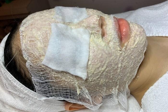 best extraction facial singapore probeau wellness oatmeal mask application