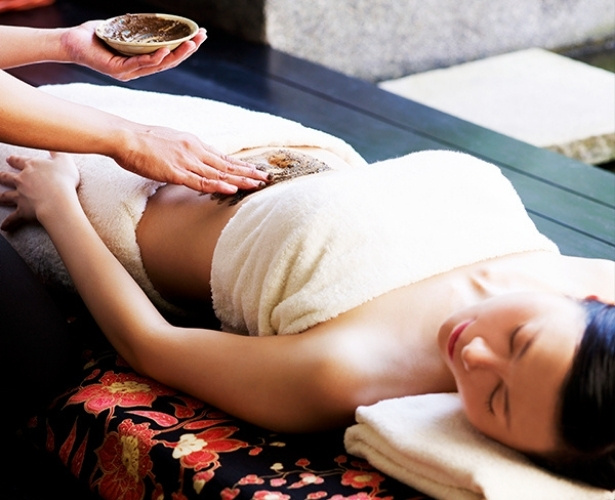 post-natal-massage-singapore-traditional-and-holistic-post-natal-centre