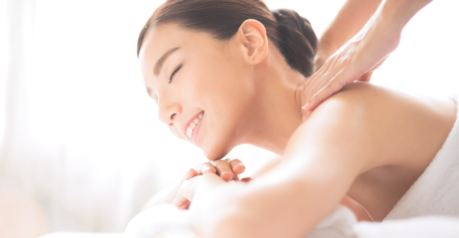 Want to knead the stress away without even leaving your home? Try home massage services – deals up to 57% included!