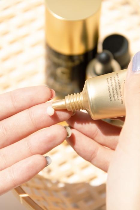 medicube deep lifting peptide eye cream texture