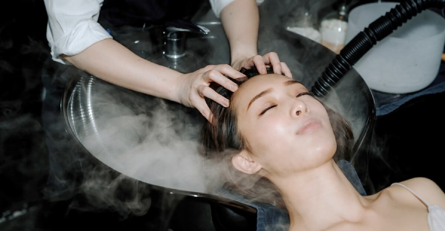 """A quick city getaway… in a salon?! Here's everything you need to know about """"salon""""-cation at this Insta-friendly hair parlour"""